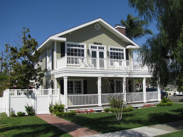 J class beach style exterior Coastal homes