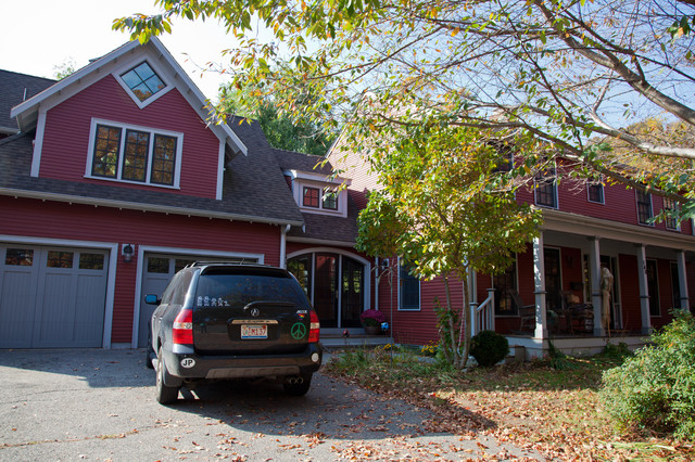 Jamaica Plain – Addition, Garage, Master Suite traditional-exterior