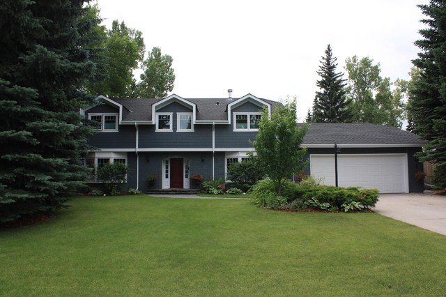 James Hardie Willowpark Traditional Exterior Calgary By SIS Exterio