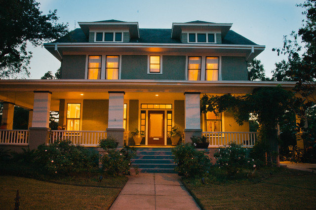 Jefferson Street - Traditional - Exterior - austin - by Katie Shearer Photography