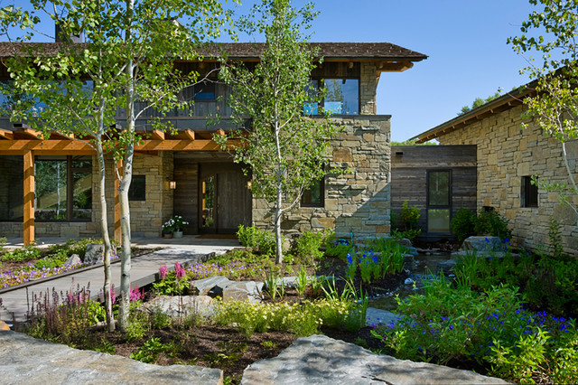 John Dodge Compound rustic-exterior