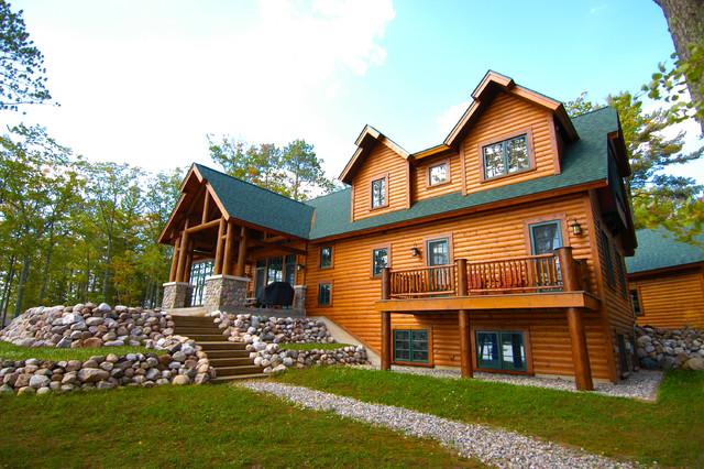 Johnson Home traditional-exterior