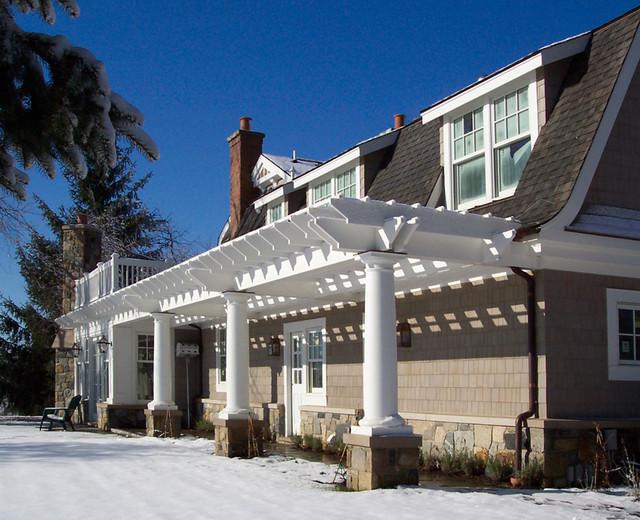 Jon Sarkesian Architects, exterior