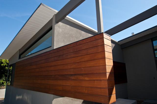 Jones House modern-exterior