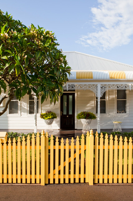Inspiration for a timeless exterior home remodel in Sydney