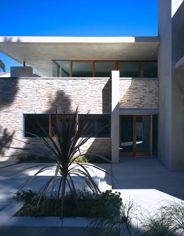 modern exterior by Kanner Architects