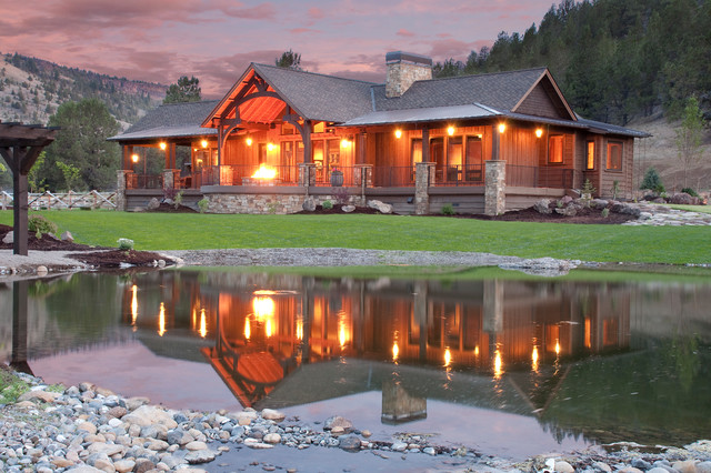 Keystone ranch home brasada ranch style homes rustic for Western style houses