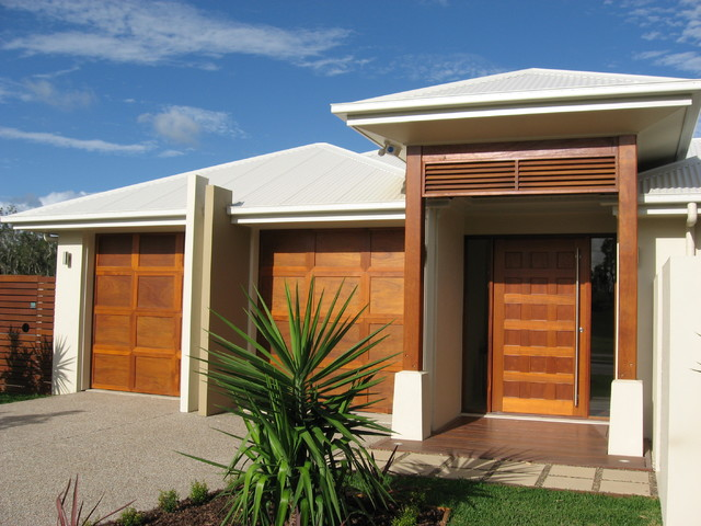 kingfisher lakes hervey bay modern exterior