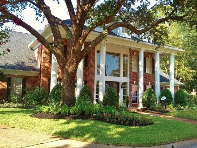 Kings Point traditional-exterior