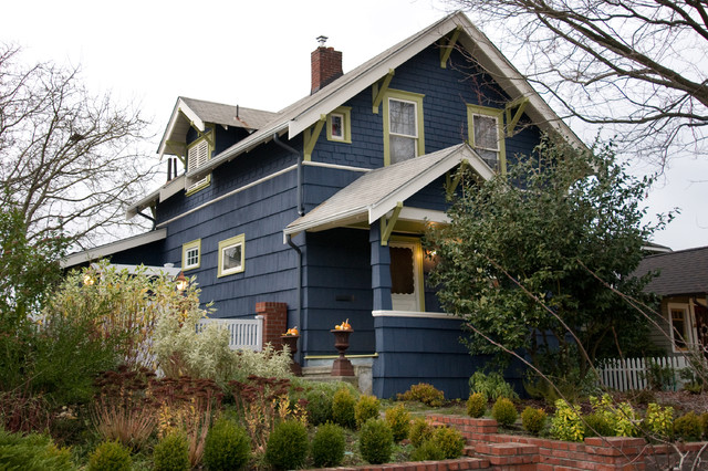 exterior color of the week go navy - Exterior House Colors Blue