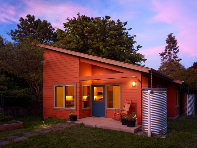Krause Small Cottage Contemporary Exterior Other