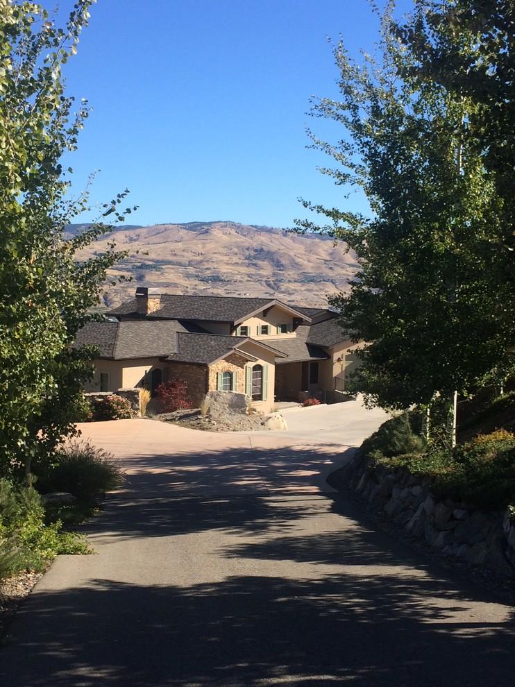 Lake Chelan - Northwest Wine Country Home