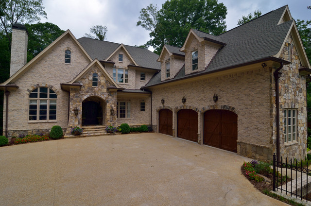 Lake Forrest traditional-exterior
