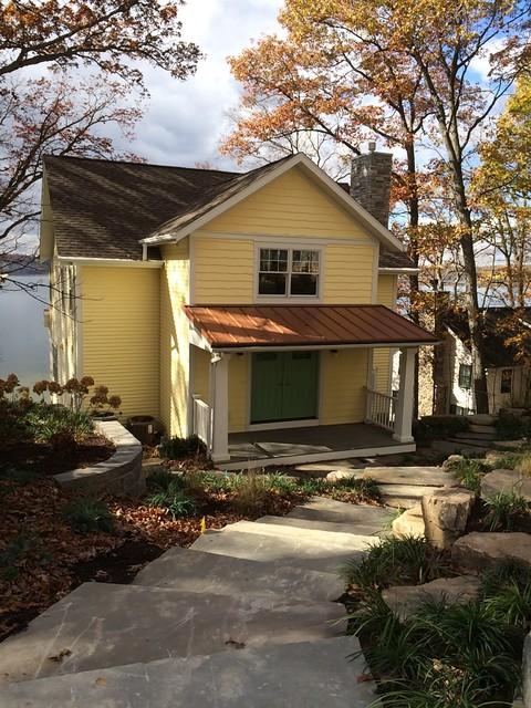 Lake homes syracuse indiana for Passarelli custom homes