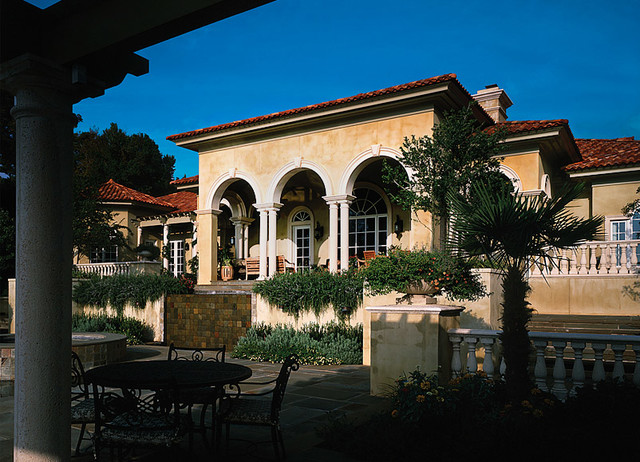 Houzz exterior home design tuscan front elevation joy for Tuscan exterior design