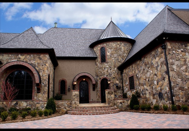 Lake Norman Masterpiece traditional-exterior
