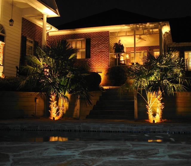 Landscape Lighting Mn: Lake Oakdale House Lighting