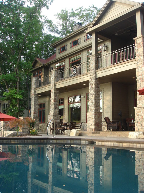Lake of the Ozarks traditional-exterior