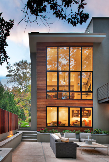 Lakefront Residence contemporary-exterior