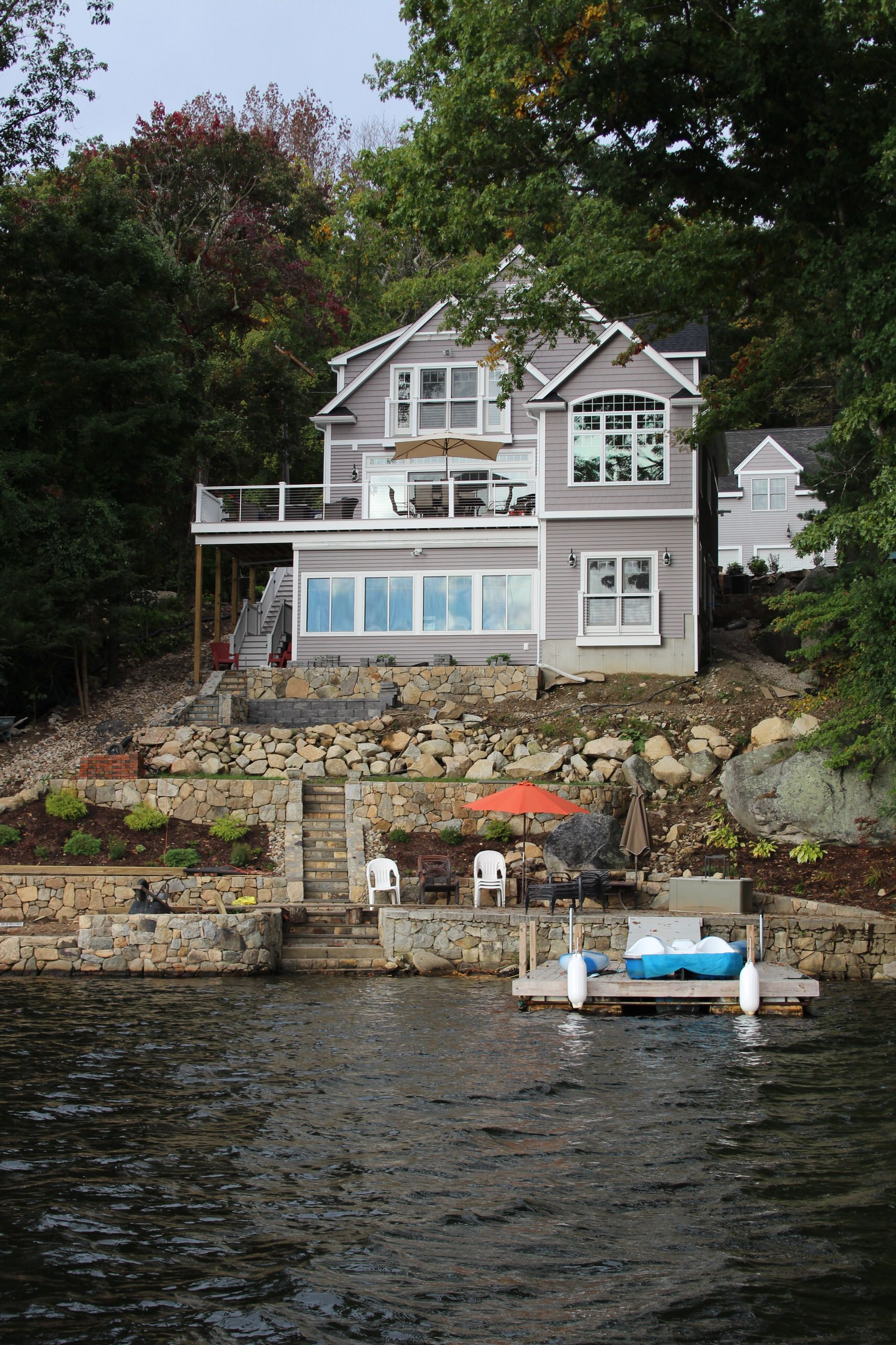 Lakehouse on Hill
