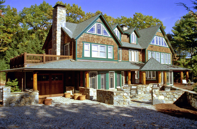 Lakehouse Transformation eclectic-exterior