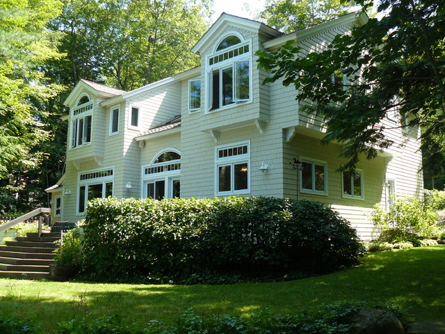Lakeside Elevation traditional-exterior