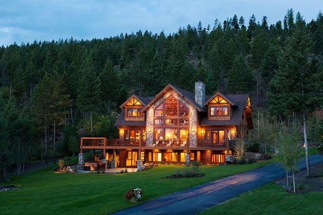 Lakeside Retreat traditional-exterior