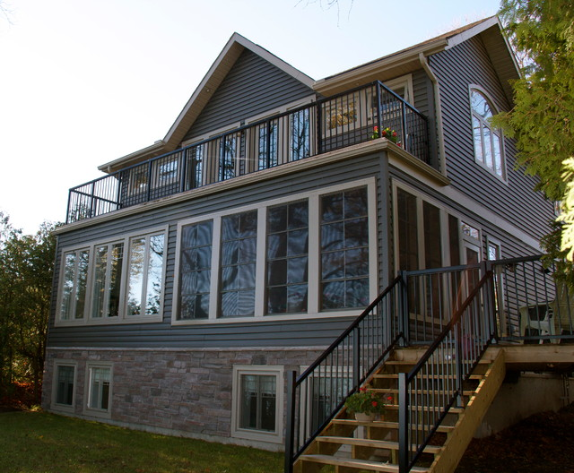 Lakeview traditional-exterior