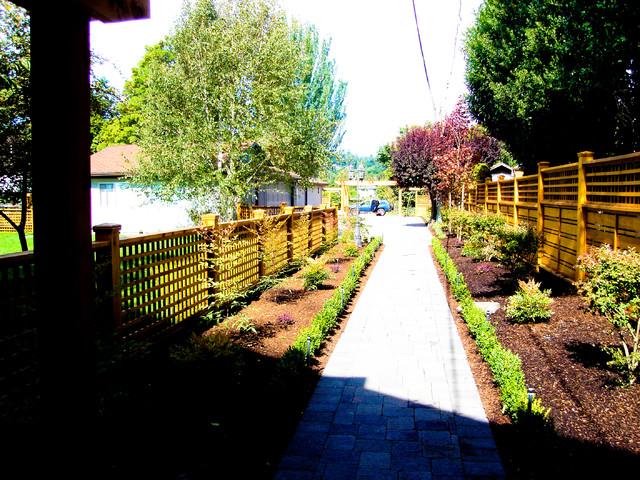 Landscape Design traditional-exterior