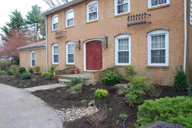 Landscape design villanova traditional exterior for Exterior design specialists