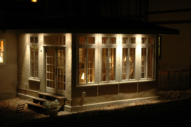 Landscape Lighting Projects traditional-exterior