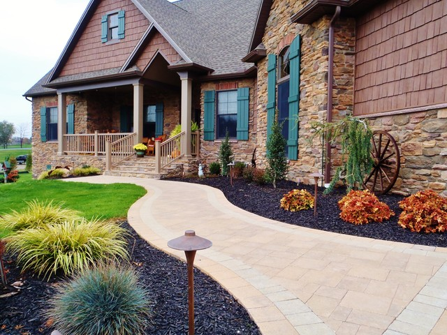 Landscapes traditional-exterior