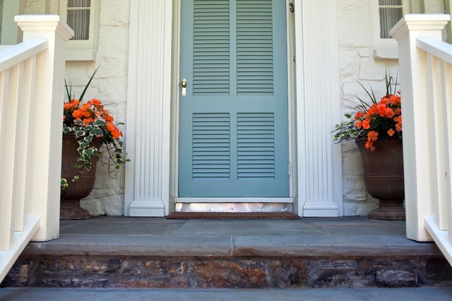 Larchmont Residence traditional-entry