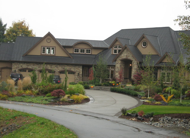 Washington Nat'l golf course home traditional-exterior