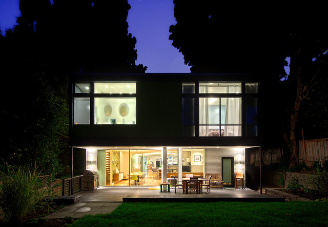 modern exterior by Daniel Sheehan Photography