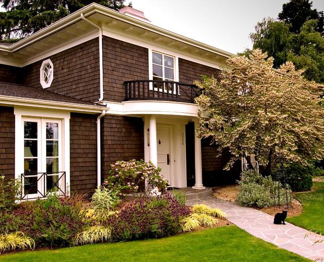 Laurelhurst residence traditional exterior seattle for Dark brown exterior trim