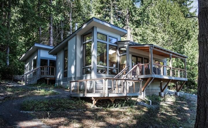 Lembke Residence