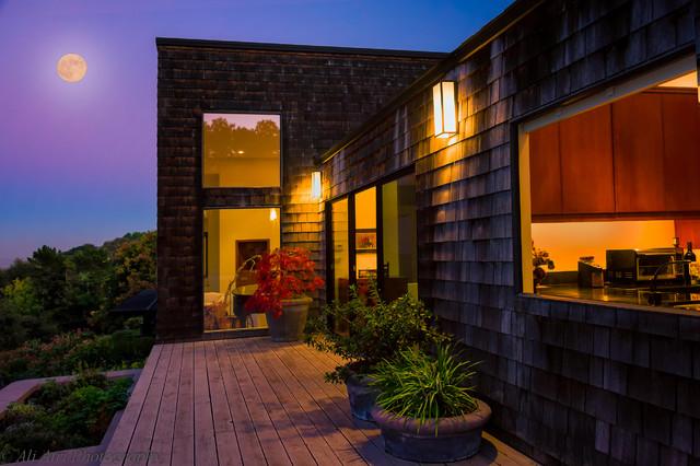 Lenehan Residence modern-exterior