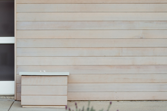 Light Gray Stain At Cedar Siding Midcentury Exterior