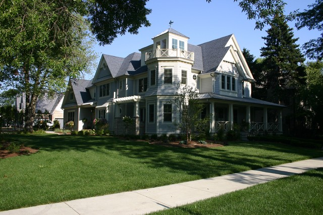 Lincoln Residence traditional exterior