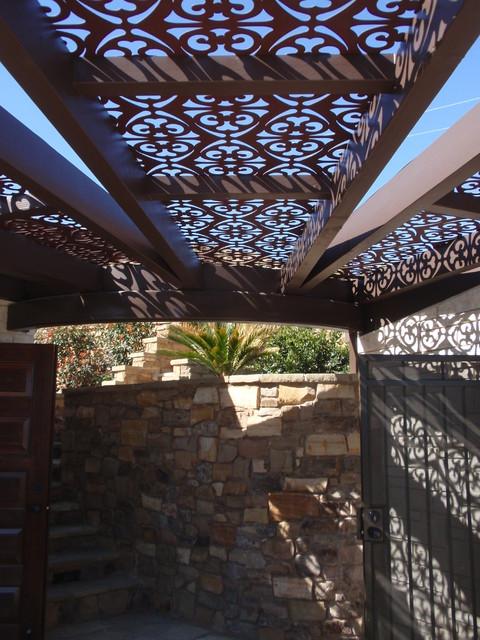 Living Green Design Solutions