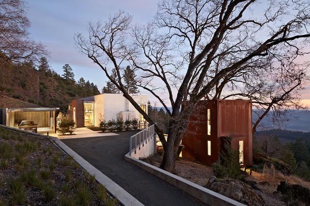 LK House contemporary-exterior