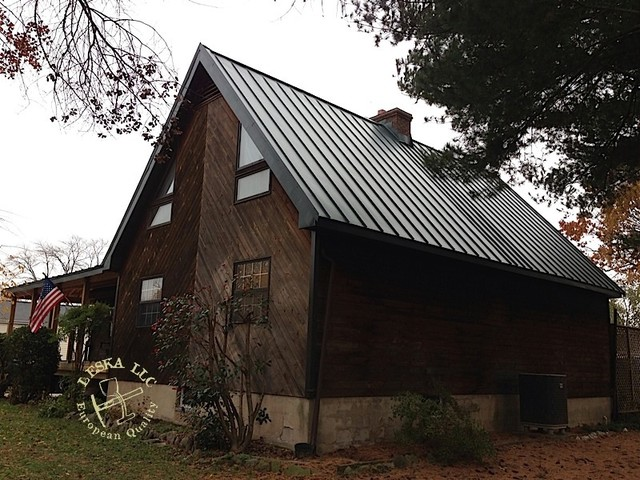 Log Home With Metal Roof Traditional Exterior