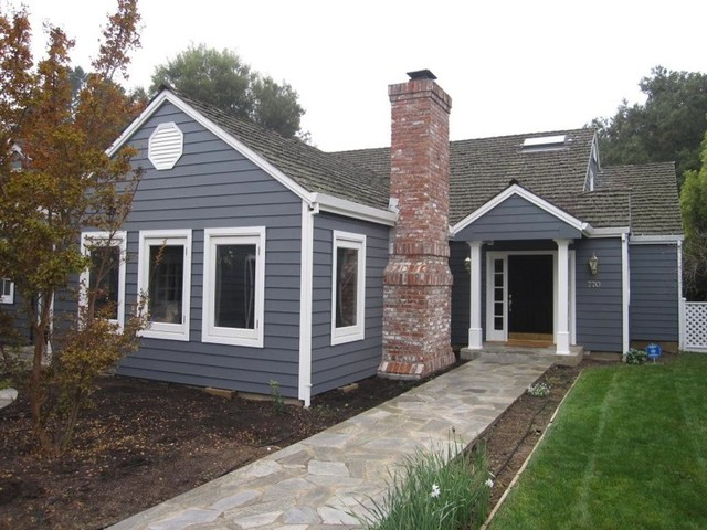 Los altos cape cod exterior paint for Cape cod exterior