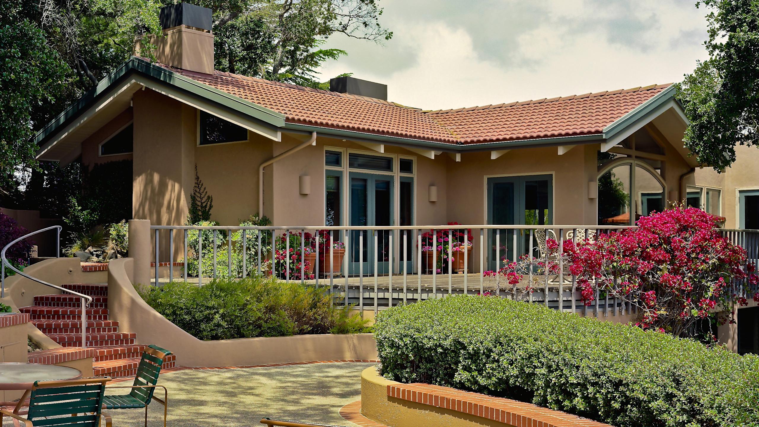 Los Altos Residence
