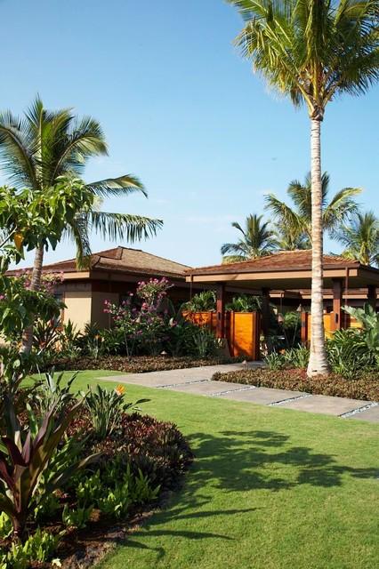 Lot 9 tropical-exterior