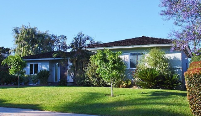 Lovely 1950 S Early Ranch Style Home Transitional