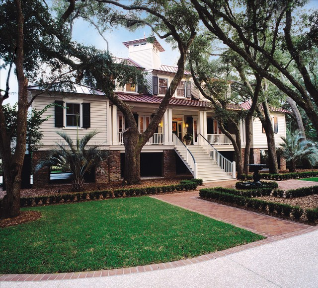 Low Country House On The Marsh Traditional Exterior