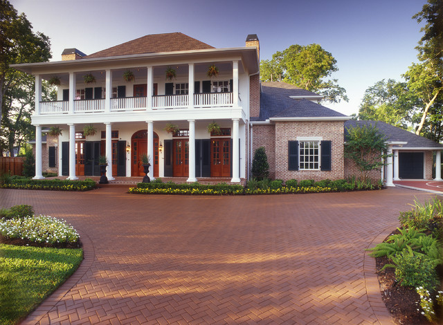Low country style home traditional exterior houston for Low country style homes