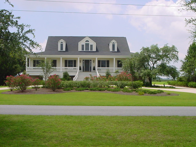 Low country style home traditional exterior Design house inc